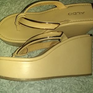 Beautiful tan and gold wedges